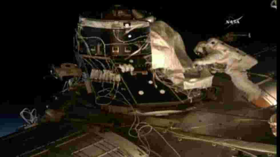 Peggy Whitson, la femme au record de sorties spatiales