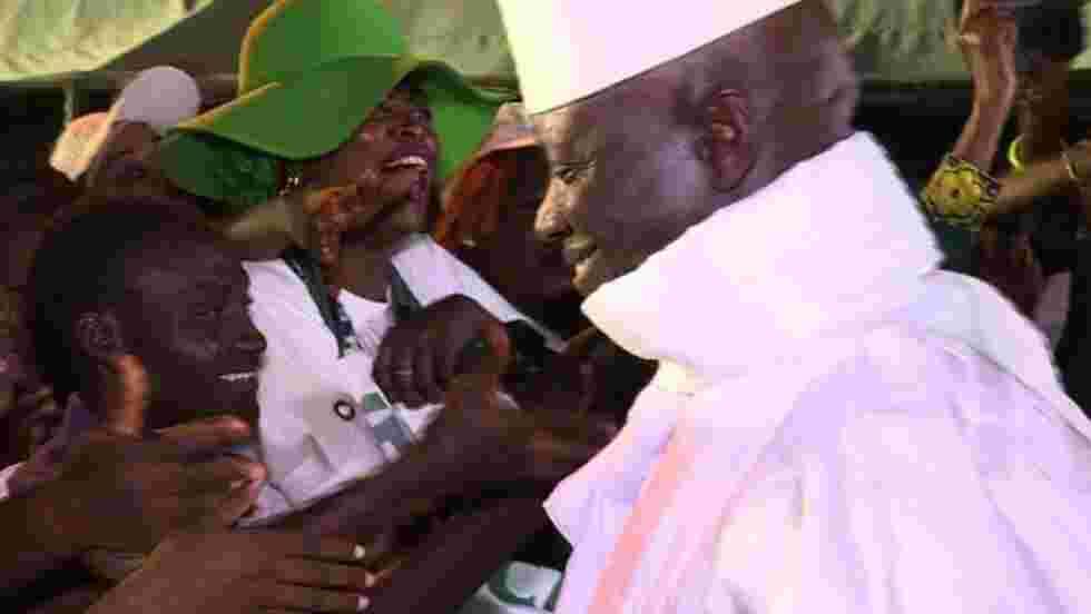 Présidentielle en Gambie: Yahya Jammeh menacé aux urnes