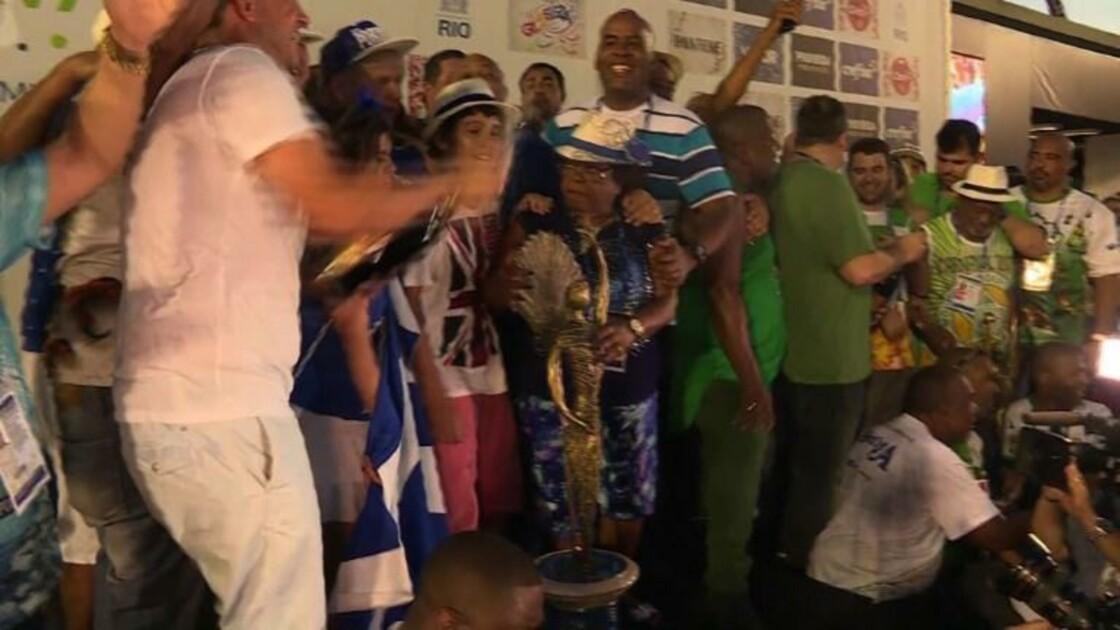 Rio: l'école de samba Portela championne du carnaval