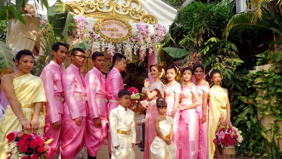 VIDÉO - Un mariage traditionnel khmer à Angkor