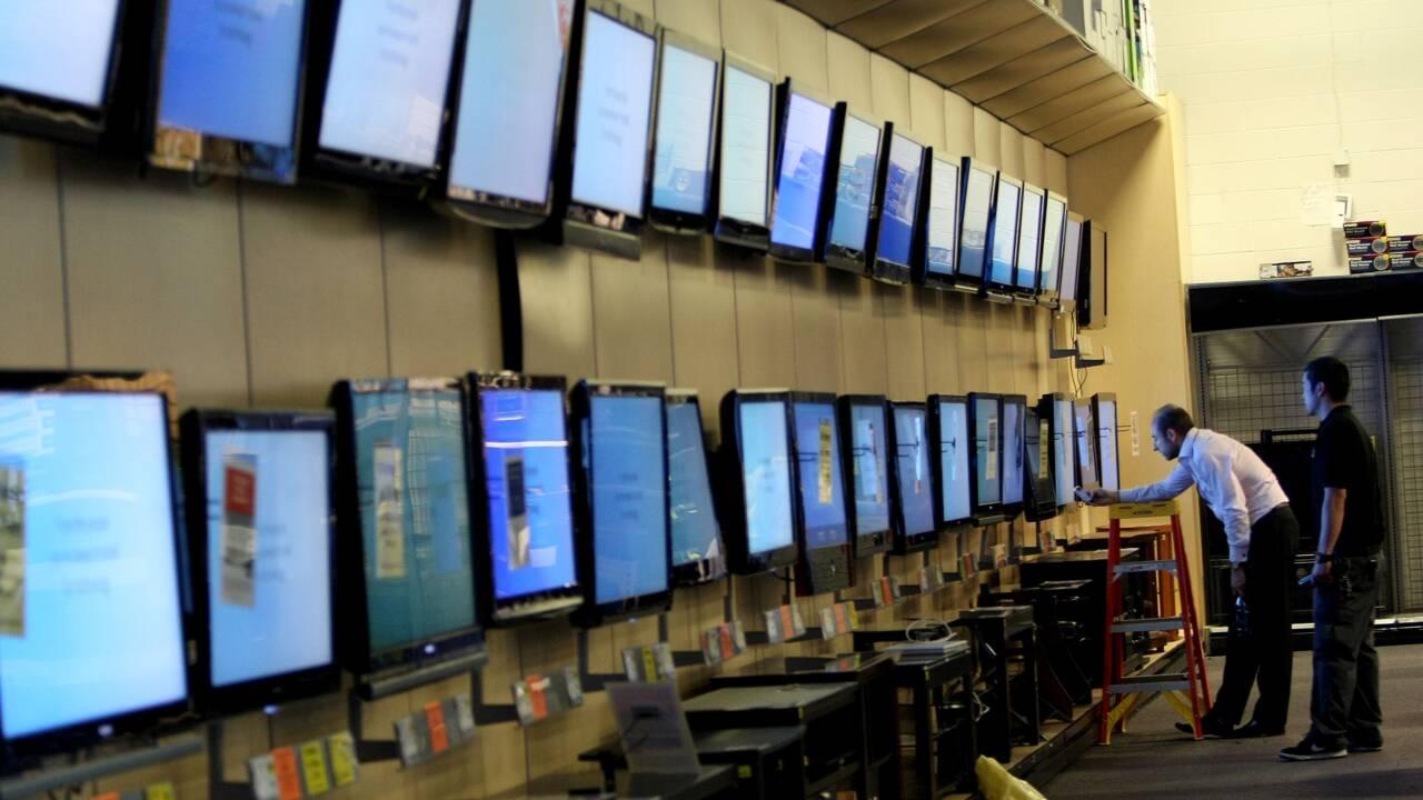 """Obsolescence programmée: le gouvernement lance un """"indice de réparabilité"""" des produits"""