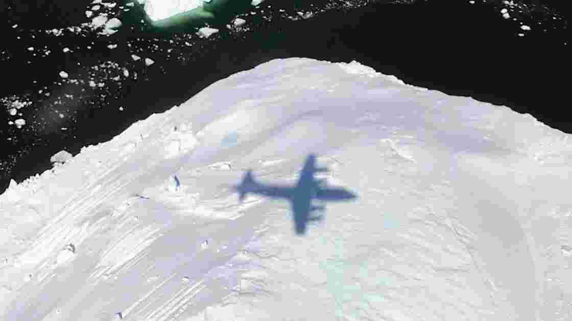 La Nasa envoie dans l'espace un laser pour étudier la glace sur Terre