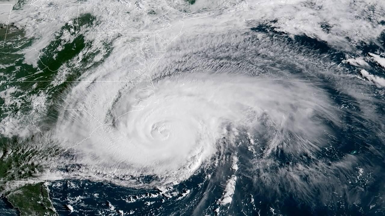 L'ouragan Florence s'essouffle mais menace de graves inondations