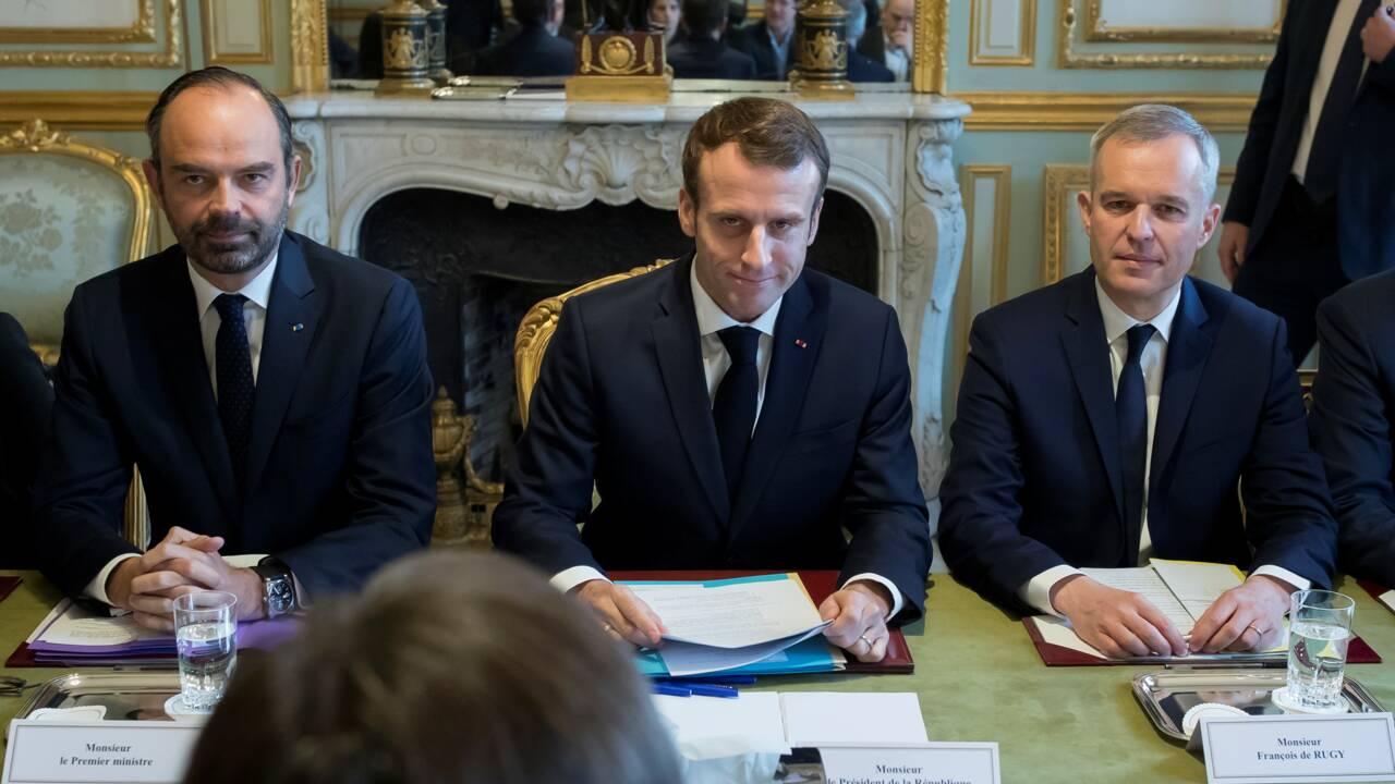 """Macron annonce """"une grande concertation de terrain"""" sur la transition écologique"""