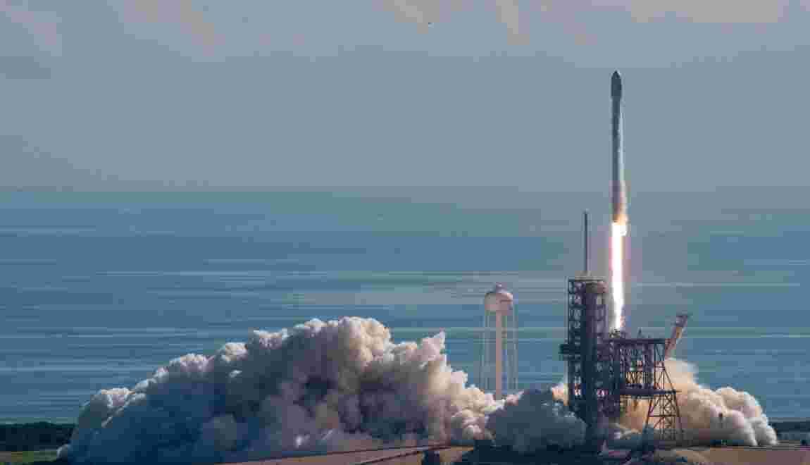 Lancement et atterrissage réussis d'une fusée recyclée de SpaceX