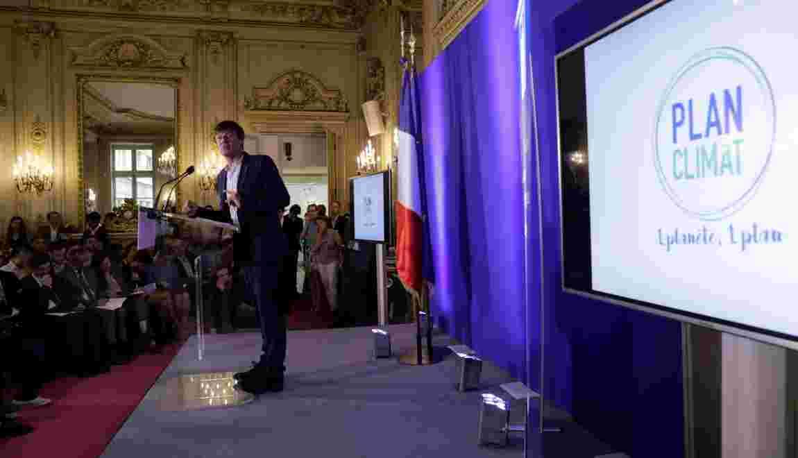 """Hulot dévoile un """"plan climat"""" ambitieux dépourvu de mesures concrètes"""