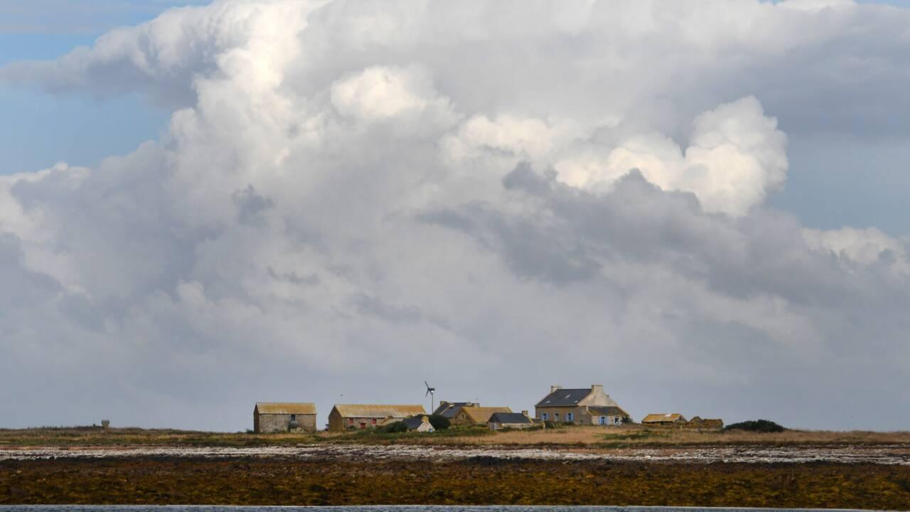 Bretagne : un morceau d'engin spatial retrouvé dans un îlot désert