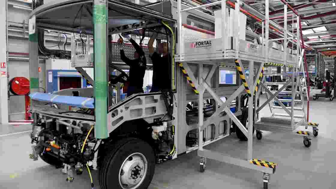 Mobilité urbaine: le bus électrique au centre de l'attention