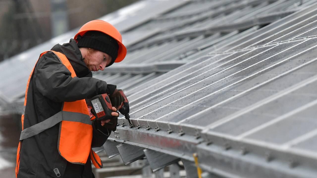 L'Ukraine construit sa première centrale solaire à Tchernobyl