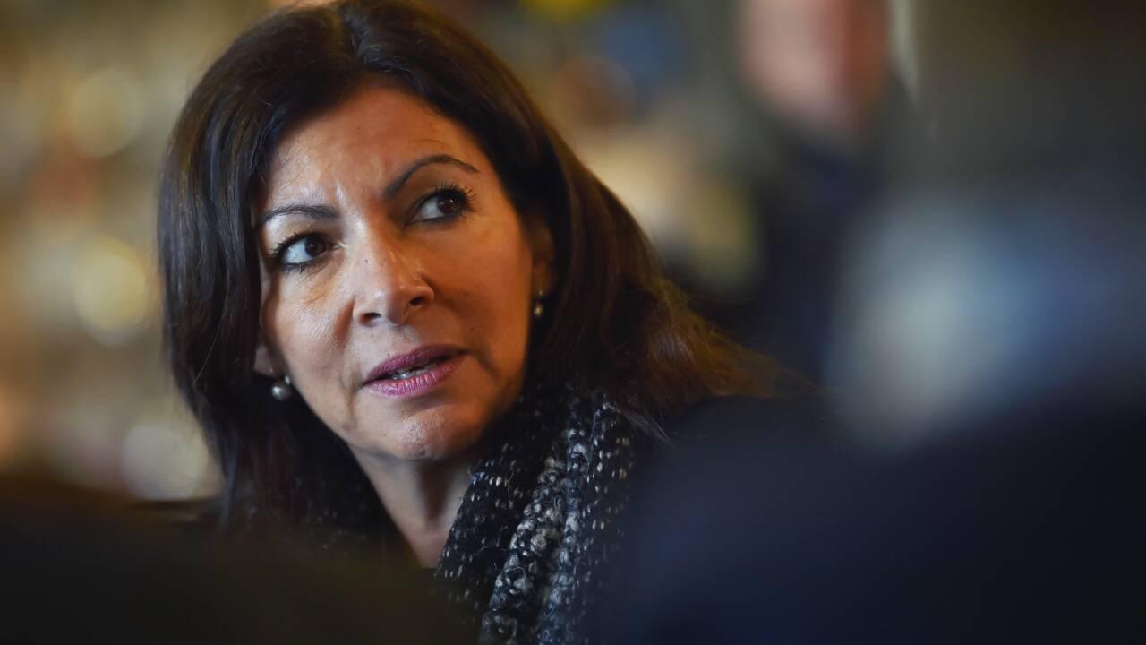 Anne Hidalgo annonce des places de parkings-relais à 75 euros