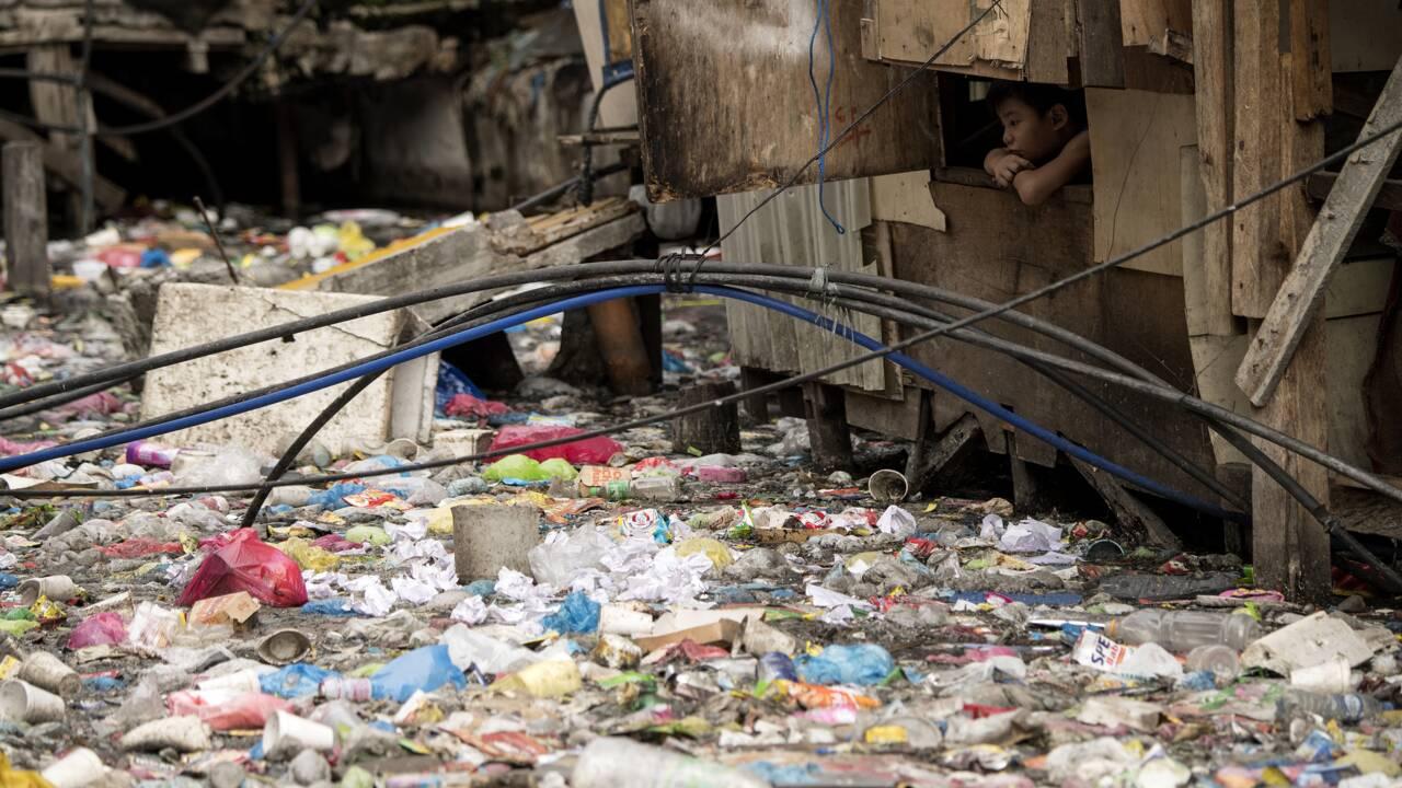 5.000 milliards de sacs par an: le monde malade de sa consommation de plastique