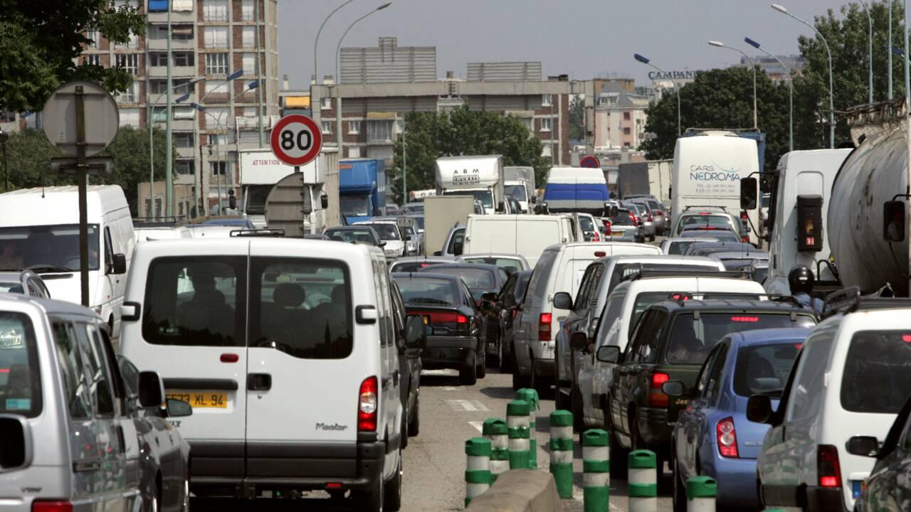 Canicule et pollution: une partie de la France suffoque