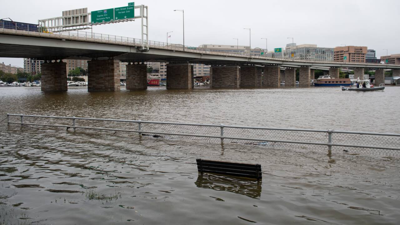 "L'ouragan Florence ""ravage"" la Caroline du Nord"