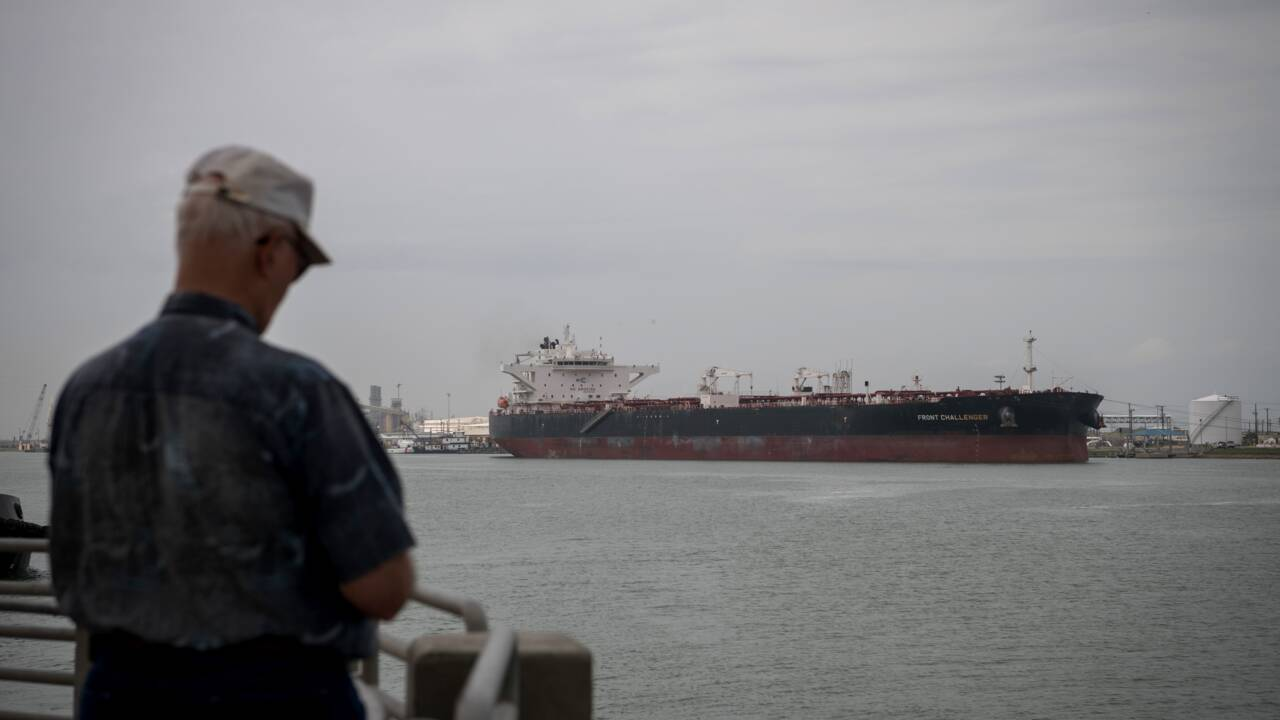"A Corpus Christi au Texas, le ""robinet"" du pétrole américain fait peau neuve"