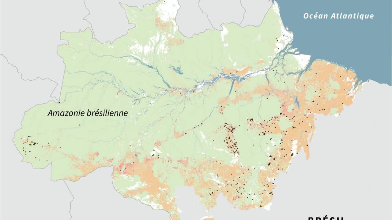 Brésil: Bolsonaro interdit les brûlis pour tenter de freiner les incendies en Amazonie