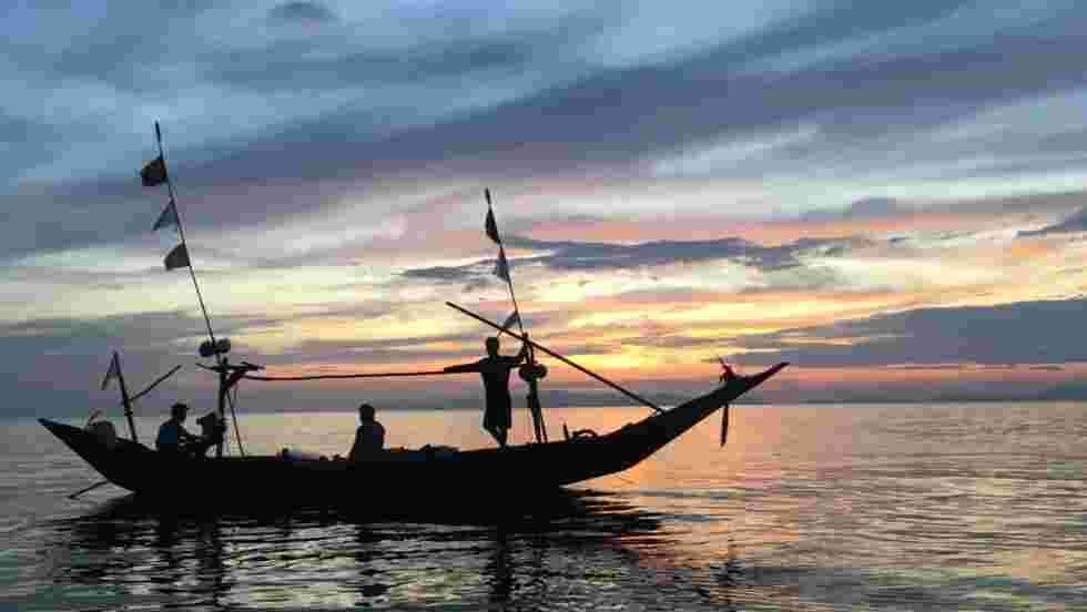 Peuples des mers : rendez-vous en mer inconnue avec Marc Thiercelin