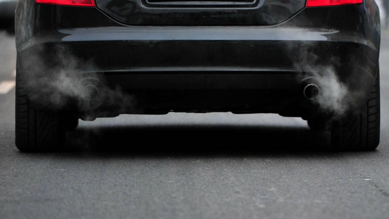 Automobile: le diesel résiste un peu en 2018 mais paraît condamné