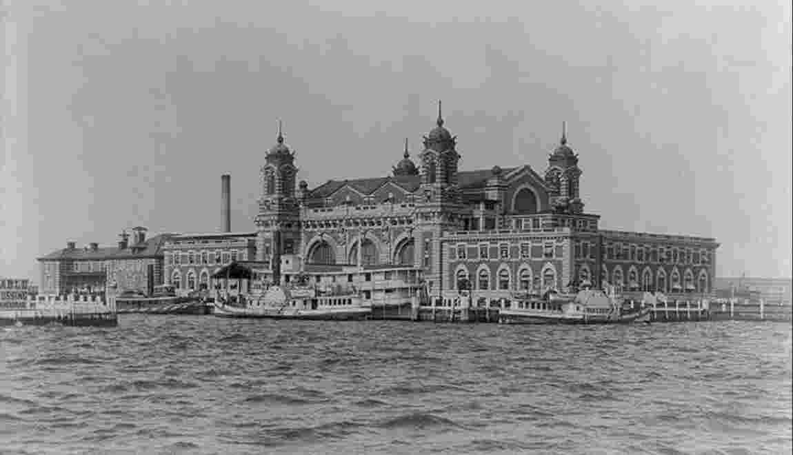 Histoire d'Ellis Island, la porte d'entrée pour le rêve américain