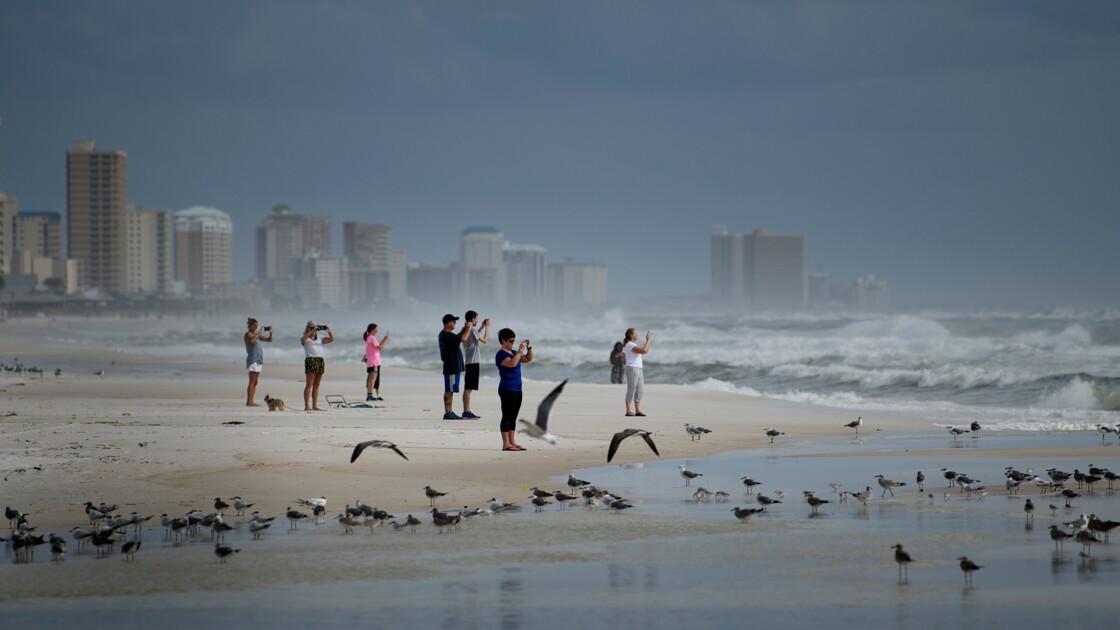 """La Floride se prépare à l'arrivée de l'""""extrêmement dangereux"""" ouragan Michael"""