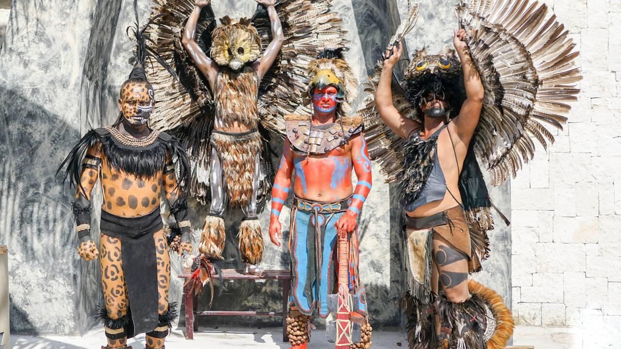 Pourquoi les Aztèques organisaient-ils des sacrifices humains ?