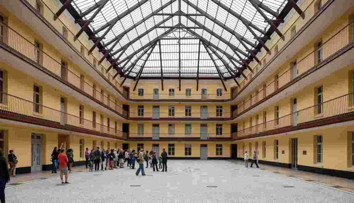 """Le familistère : l'expérimentation d'un """"palais social"""" au Second Empire"""