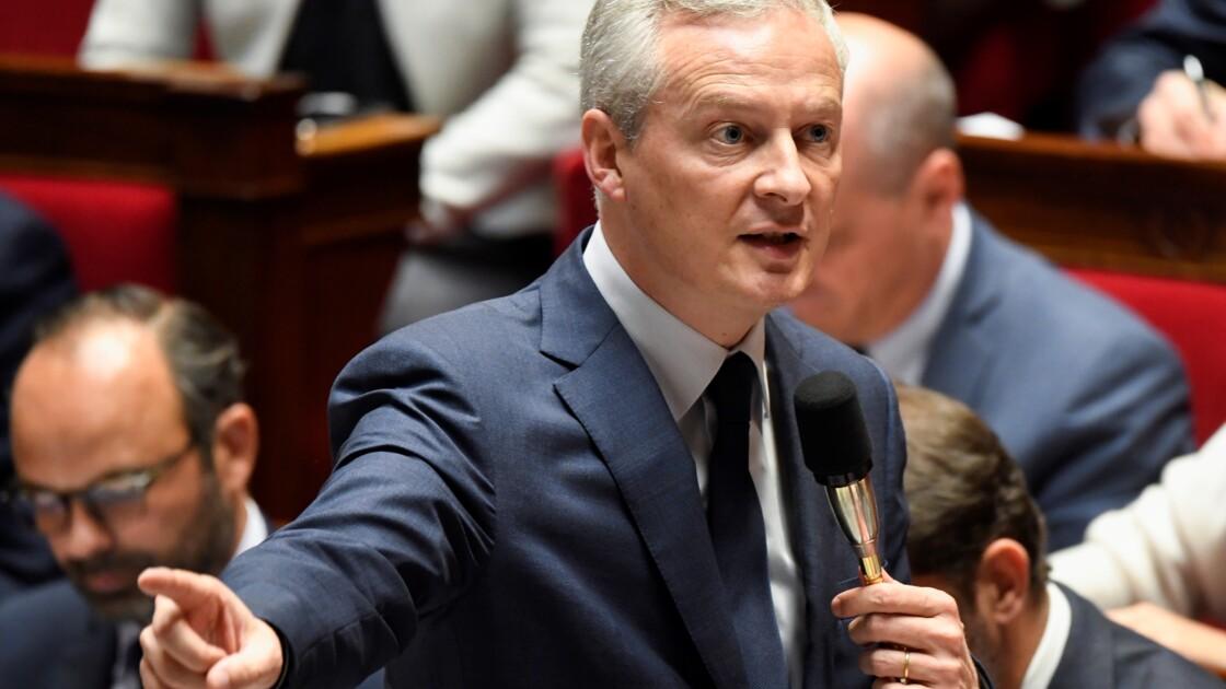 """Hausse du carburant: Royal est """"malhonnête"""", estime Le Maire"""