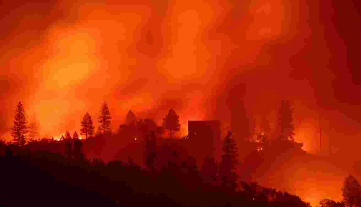 Incendies Californie: une trentaine de morts, bilan le plus lourd depuis 1933