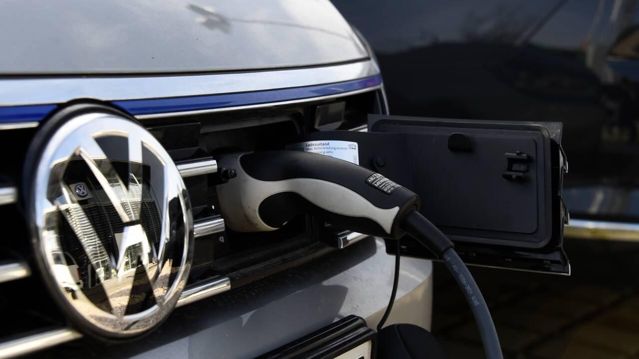 Englué dans le dieselgate, VW met le cap sur la voiture du futur