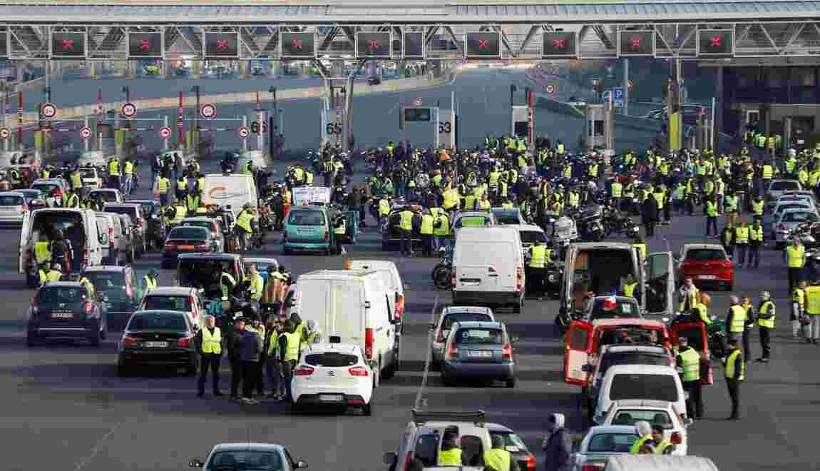 Gilets jaunes: près de 283.000 manifestants, un mort et 200 blessés