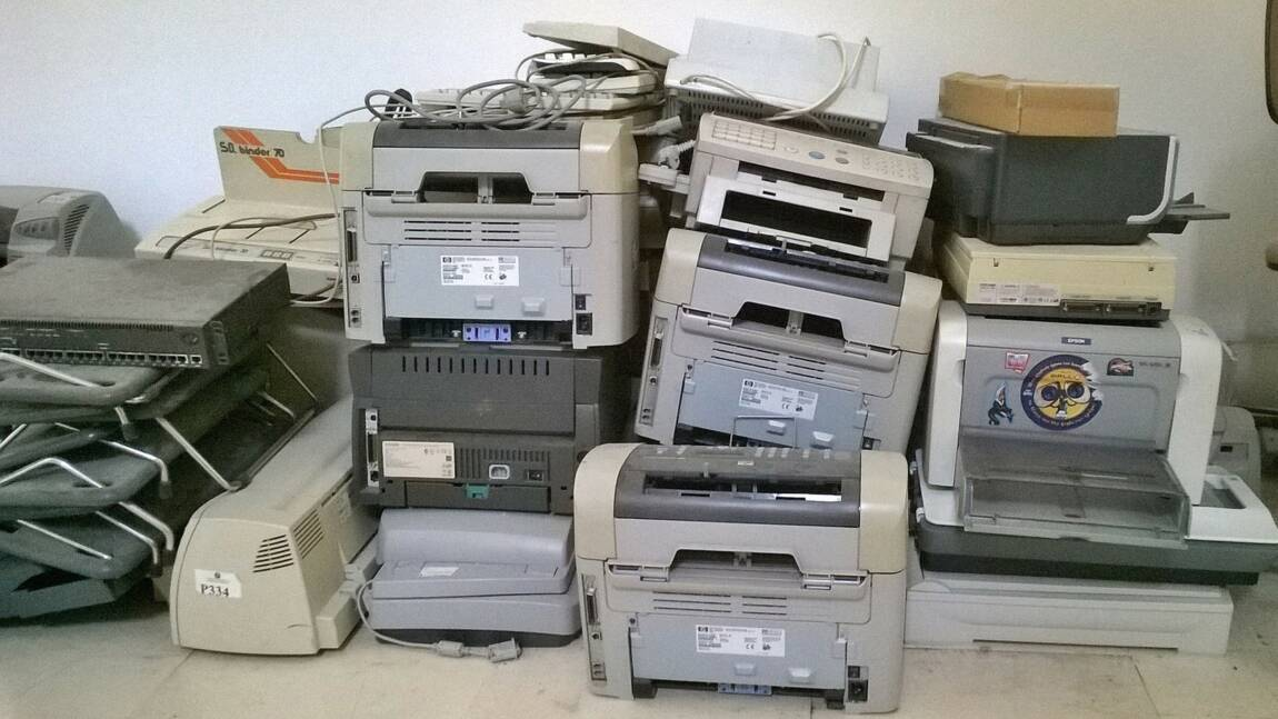 Halte à l'obsolescence programmé : comment les associations défendent les consommateurs ?