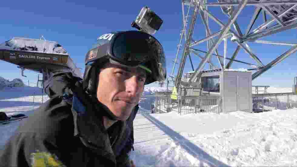 Il skie, il filme et survit aux avalanches : rencontre avec le freerider Mickaël Bimboes