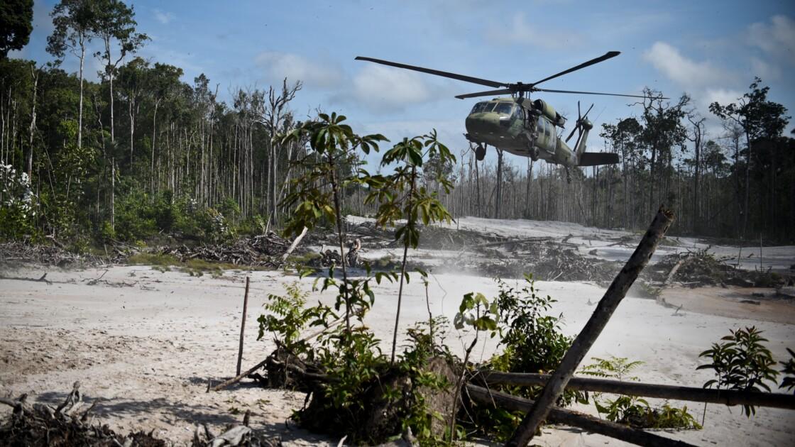 """Des ONG dénoncent une """"épidémie"""" d'orpaillage illégal en Amazonie"""