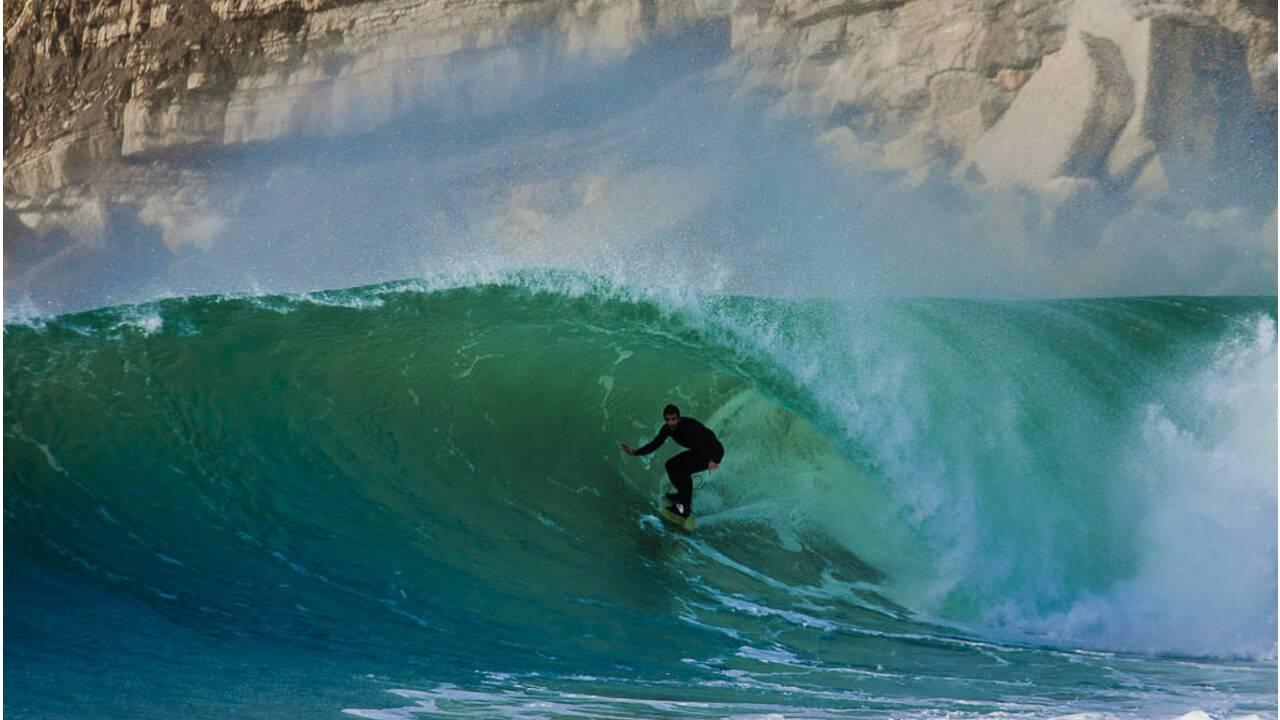 20 spots de surf incroyables à travers le monde
