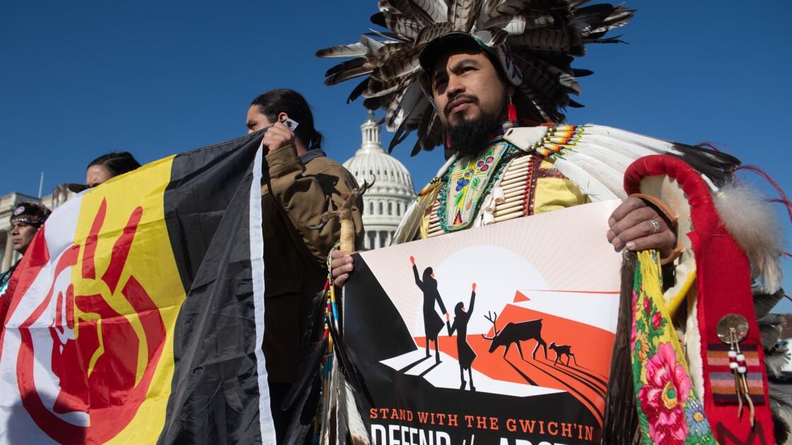 Des Amérindiens dénoncent des projets de forage en Alaska