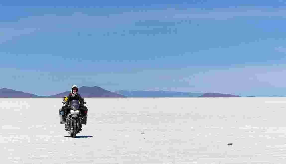 Mélusine Mallender, la motarde voyageuse qui roule pour la cause des femmes