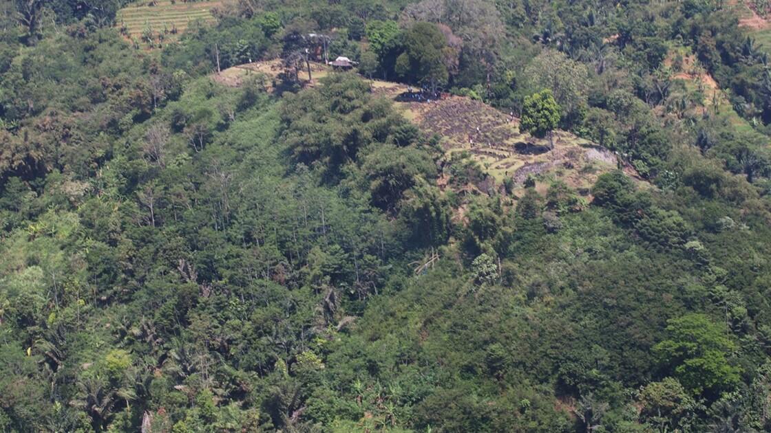 """Une """"pyramide"""" découverte en Indonésie pourrait cacher un temple vieux de milliers d'années"""