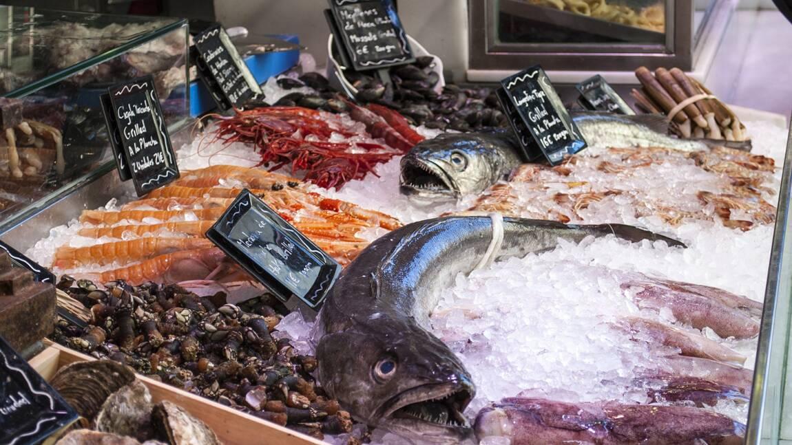 """86% des poissons vendus en grande surface seraient issus d'une pêche """"non durable"""" selon l'UFC-Que Choisir"""