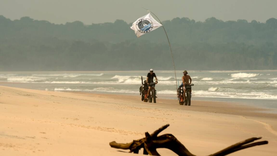 A la découverte du Gabon sauvage avec trois surfeurs bretons