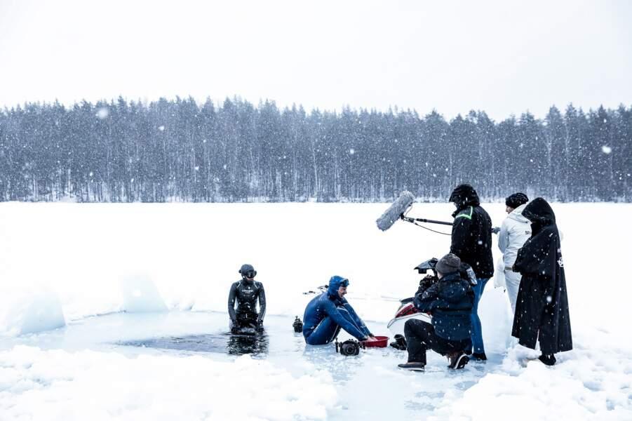 Ah gla gla dans les eaux du lac finlandais de Päijänne