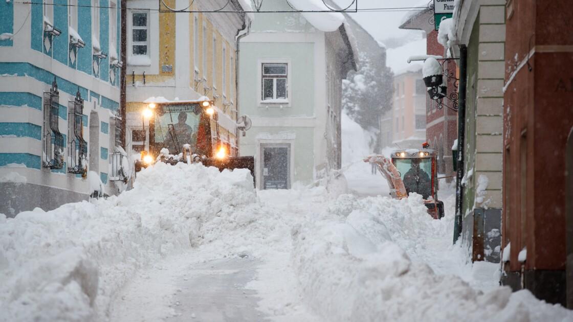 Autriche: livraison de sel à déneiger et sports d'hiver perturbés... par la neige
