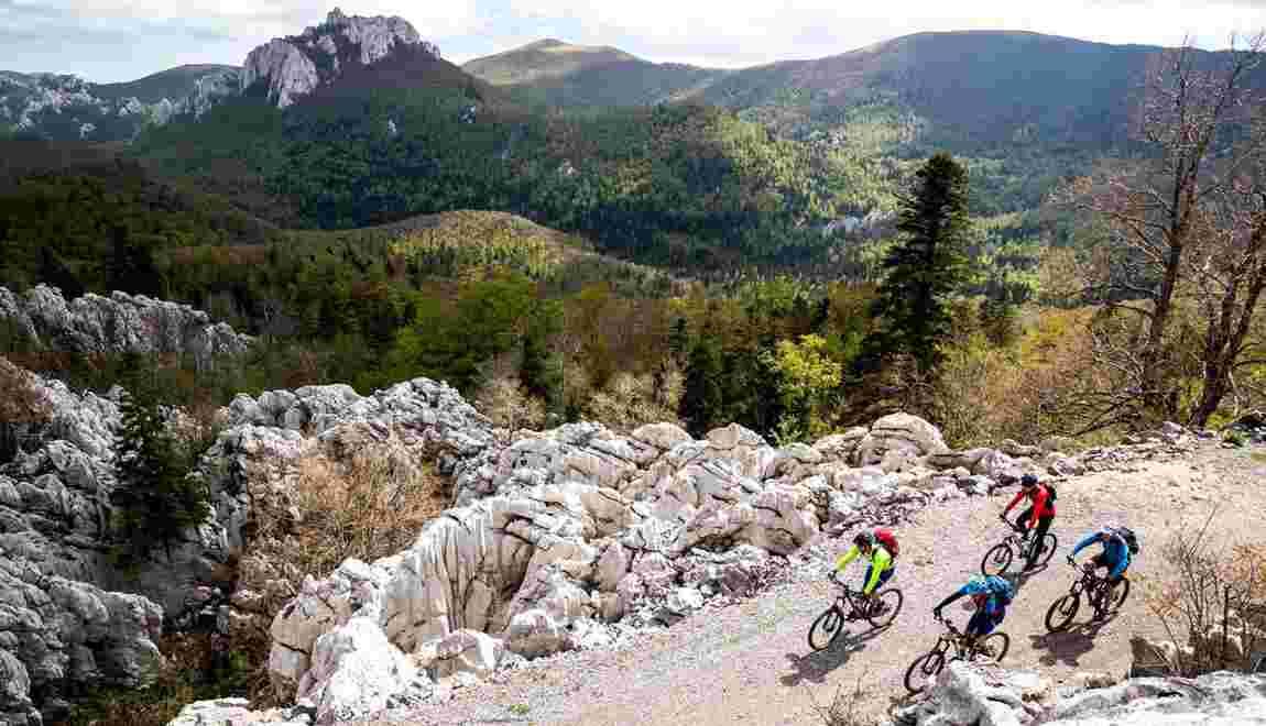 Trans Dinarica, un sentier cyclable épique qui va vous emmener à travers huit pays européens