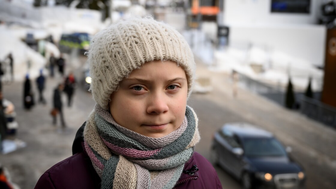 """Climat: il est temps de """"se mettre en colère"""", lance une militante de 16 ans à Davos"""