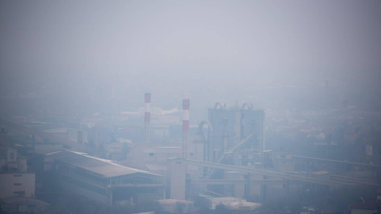 A Skopje, l'air est empoisonné, les hôpitaux sont bondés