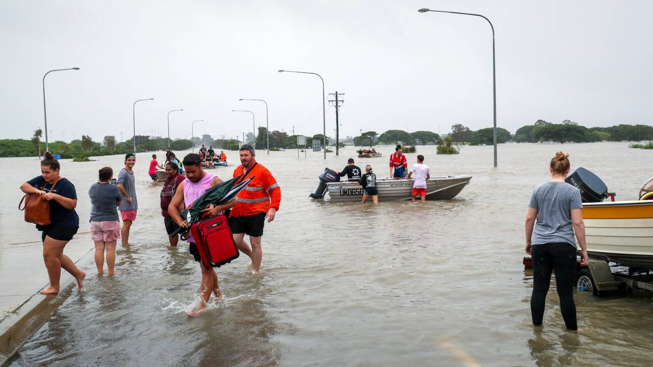 Deux morts dans les inondations en Australie