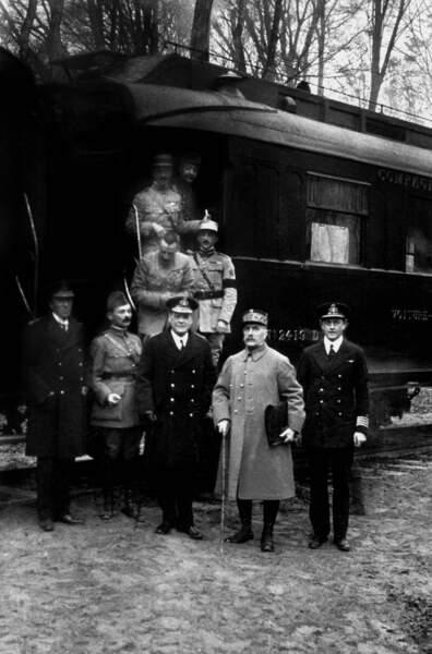 11 novembre 1918 : l'armistice est signé, et après ?