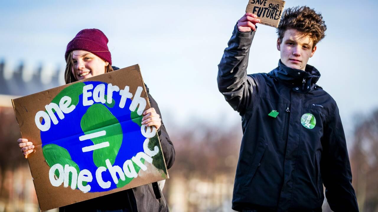 Des milliers de jeunes marchent pour le climat pour la première fois aux Pays-Bas