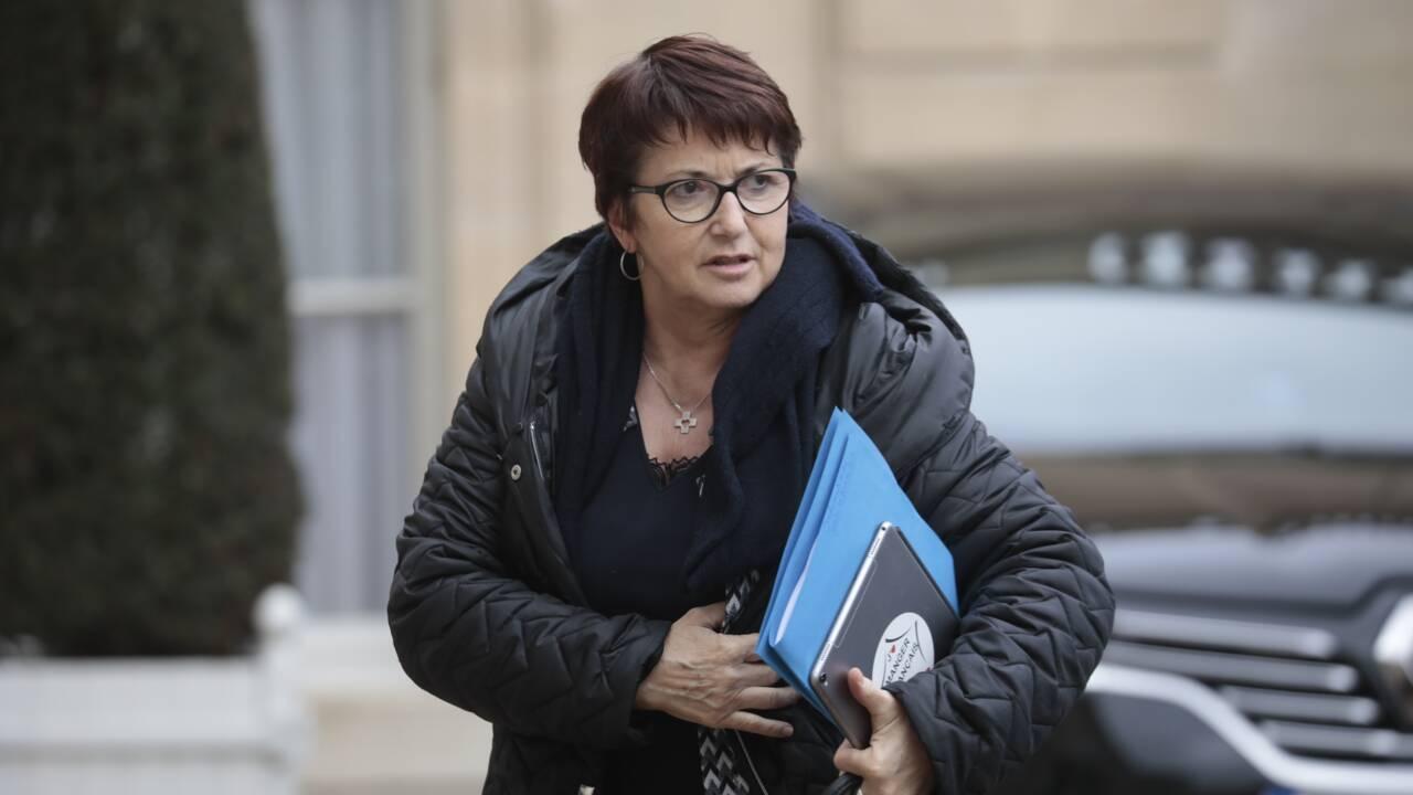 """Glyphosate: la présidente de la FNSEA salue le """"pragmatisme"""" de Macron"""