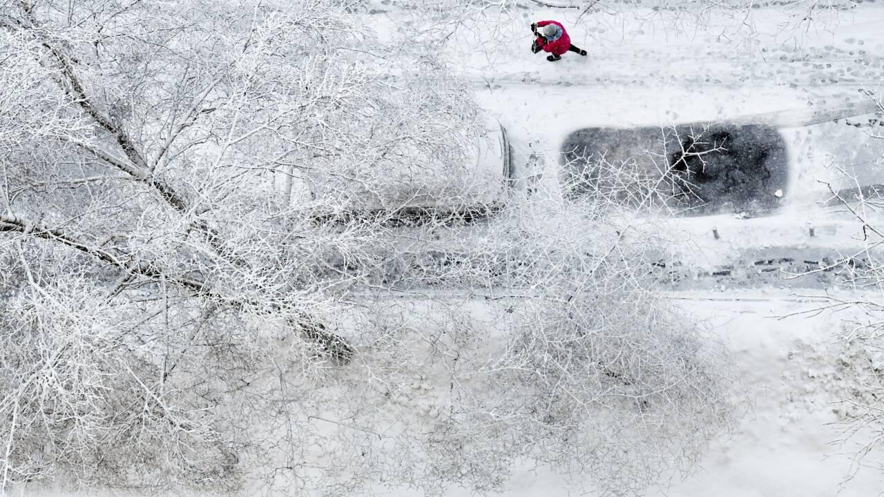 Russie : chutes de neige record à Moscou