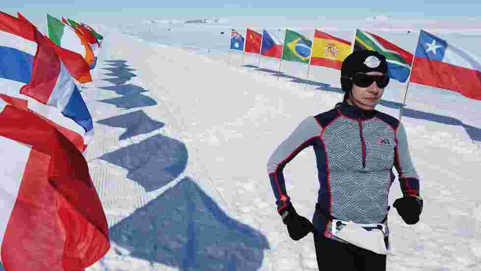 Antarctique, Dubai, Miami… Stéphanie Gicquel boucle 7 marathons en 7 jours pour les enfants malades