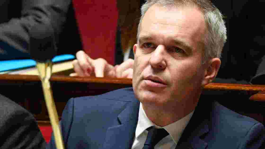 """Loi énergie: rendre le texte plus """"ambitieux"""", assurent Rugy et Griveaux"""